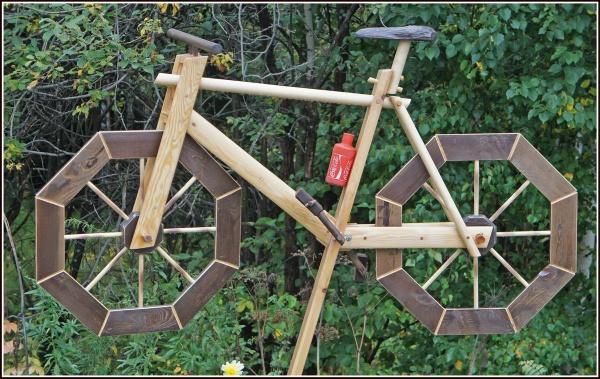 Памятник погибшему велосипедисту