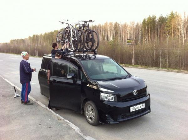 Погрузка велосипеда Степана на Мемориале